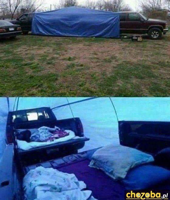Namiot z samochodów