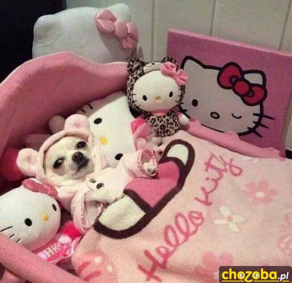 W łóżeczku