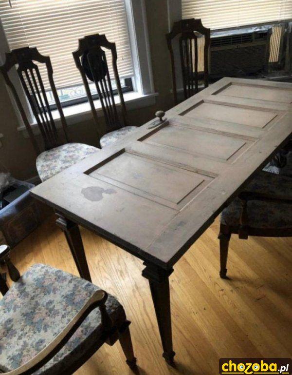 Stół z drzwi